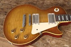 The king of the electric solid body guitar - 1959 Gibson Les Paul Std. Burst...