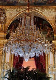 Antique Chandelier, Chandelier Lighting, Crystal Chandeliers, Lamp Light, Light Up, Lustre Baroque, Louvre, Beautiful Lights, City Lights