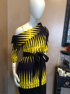 African Lace Dresses, Latest African Fashion Dresses, African Dresses For Women, African Print Fashion, African Attire, Off Shoulder Tops, One Shoulder, Nigerian Lace Styles, Ankara Blouse