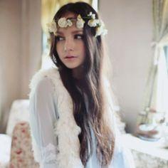 hair / flowers