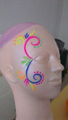 Carnaval Party - Famous Last Words Kids Makeup, Clown Makeup, Halloween Makeup, Neon Face Paint, Face Paint Makeup, The Face, Face And Body, Glow In Dark Party, Festival Paint