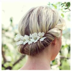 Annnd..yes, yes I am positive I will have flowers in my hair at my wedding.