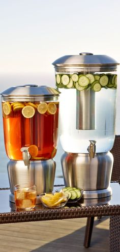Our innovative Durachill Beverage Dispenser lets you mingle more and spend less time tending to drinks.
