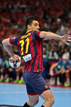 EHF Champions League 2014 Kiril Lazarov Kiril Lazarov, Sport Man, Fc Barcelona, Champions League, Love Of My Life, Gun, Coaching, Muscle, Action