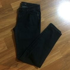 """CPink jeans Nice skinny  jeans,size 11,inseam 31"""" CPink Jeans Skinny"""