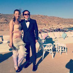 Then, we travel to Mykonos for the wedding of the season of Ana Beatriz Barros and Kareem El Chiati, dressed in Mi-Ro magic next to stylish hubby, Ilias Krassas, owner of FRESH luxurious pastry shops!