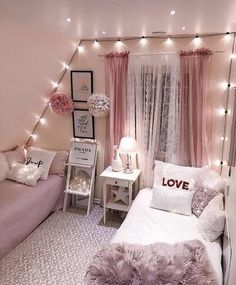 Teen Bedroom Ideas For Girls: Cozy, Functional, Stylish, Cool Ho Ho Ho! Today I am sharing a teenage girl Christmas Bedroom along quick tips correspondingly you too, can make your own Holiday room for a special. Small Room Bedroom, Trendy Bedroom, Cozy Bedroom, Girls Bedroom, Bed Room, Bedroom Curtains, Master Bedroom, Boho Curtains, Kids Curtains