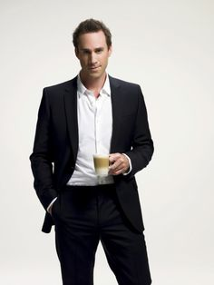Everyone loves a well-dressed man. Joseph Fiennes, Justin Harris, Hot British Men, Made In Uk, Well Dressed Men, Comedians, Gentleman, Suit Jacket, Handsome