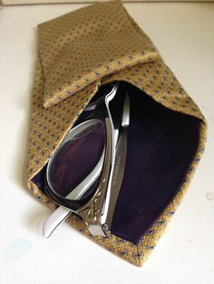 Glasses Case (Think Crafts! From CreateForLess) Perfect Gift For Dad, Gifts For Dad, Fathers Day Gifts, Father's Day Thought, Diy And Crafts, Crafts For Kids, Old Ties, Father's Day Diy, Cool Items