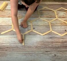 Read our clever DIY home décor guide! Discover ten creative ways common dollar store finds can make you the perfect faux high-end pieces for any space. Diy Popsicle Stick Crafts, Popsicle Sticks, Craft Sticks, Decorating With Sticks, Honeycomb Shelves, Diy Mirror, Diy Home Decor Projects, Stick Decorations, Clever Diy