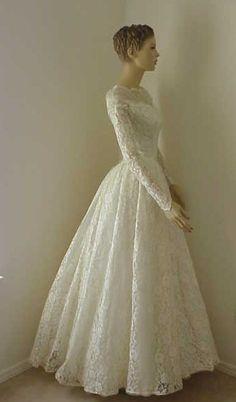 50's lace long wedding gown $450