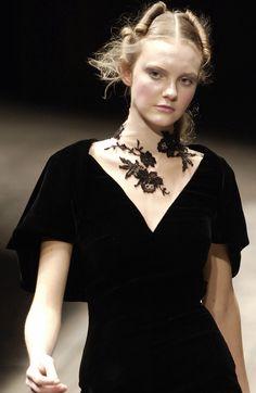 Alexander McQueen - Black Velvet.