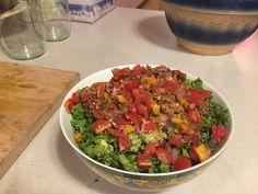 Raw Vegan Taco Salad Vegan Tacos, Raw Vegan, Salsa, Vegan Recipes, Ethnic Recipes, Food, Salsa Music, Restaurant Salsa, Meals