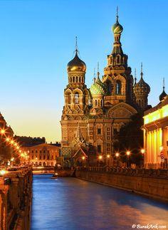 Church of The Savior on Blood at Night, St. Petersburg Russia © Burak Arik