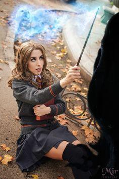 Hermione Granger Cosplay by Mir Cosplayz