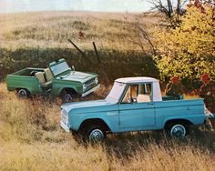 1967 Ford Bronco Roadster and Pickup 4X4 SUV.