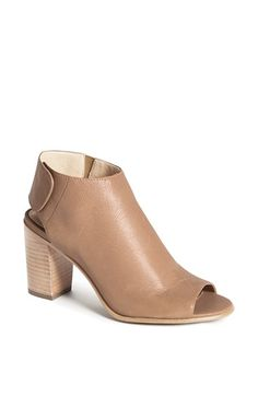 Free shipping and returns on Steve Madden 'Nonstp' Bootie at Nordstrom.com. A flirty peep toe revamps a saucy slingback bootie set on a chunky stacked heel. Snap the edgy back strap and hit the streets with unstoppable style.