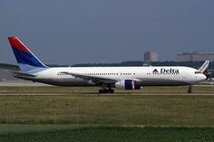 Delta Airlines Pregnancy Policy Pregnant women don't need a medical certificate to flight with Delta Air Lines. Can You Fly When Pregnant? It's recomended check with your doctor that you are able to travel.