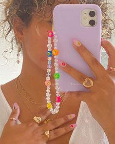Trendy Jewelry, Summer Jewelry, Cute Jewelry, Diy Jewelry, Jewelery, Jewelry Making, Beaded Jewelry Designs, Funky Jewelry, Pulseras Kandi