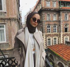 Hijab style muslima wear – Best Of Likes Share Modern Hijab Fashion, Street Hijab Fashion, Muslim Fashion, Modest Fashion, Fashion Outfits, Hijab Chic, Casual Hijab Outfit, Hijab Dress, Turban Hijab