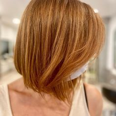 Bobs are super trendy right now and look stunning on anyone. Bobs are great because they can be in a range of colors and lengths, catering to anyone's... Bob Haircuts, Looking Stunning, Hair Day, Bobs, New Look, Fashion Forward, Catering, Short Hair Styles, Bob Cuts