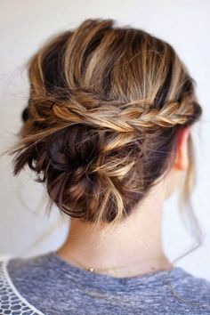 {simple braids & a messy bun} With my cousin's wedding a little over a week away, I've recently found myself researching hair-do inspiration for her big day. And while I'm well aware that all eyes will be on her, I can't help but feel as if my hair must...