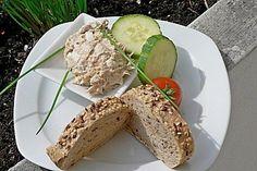 Eier - Thunfisch - Aufstrich, ein beliebtes Rezept aus der Kategorie Kalt. Bewertungen: 149. Durchschnitt: Ø 4,4. Bruschetta Bar, Dips, Dip Recipes, Pesto, Avocado Toast, Sandwiches, Clean Eating, Brunch, Food And Drink