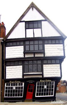 Old King's School Shop in Canterbury, England - built in 1647 - Looks like it's right out of Harry Potter's Diagon Alley!