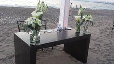 mesa de novios minimalista #sheraton #bugavilias #Bodas #Romance #Ptovallartra #love #memories