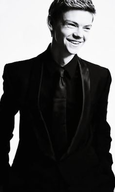Thomas Sangster's new photoshoot. Awww omg he's so adorkable