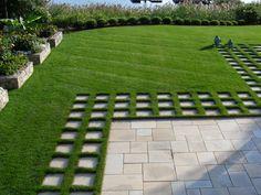 Landscape Architect Visit: A Cottage Garden on the Connecticut Coast - Gardenista - Backyard Landscaping Modern Landscape Design, Landscape Plans, Modern Landscaping, Landscaping Tips, Garden Landscaping, Landscaping Software, Landscape Architecture, Architecture Design, Landscaping Melbourne