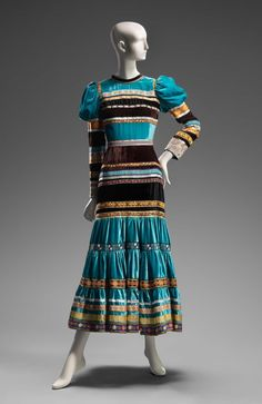 1970, America - Woman's dress by Giorgio di Sant'Angelo for Bonwit Teller and Co. - Rayon velvet with machine-woven and embroidered silk and synthetic ribbons