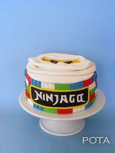 gâteau ninjago - torta ninjago by Les Gâteaux de Pota, via Flickr