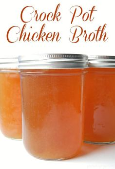 Make chicken broth in your crock pot! Just turn it on and walk away! Crock pot chicken broth will save tons of money too! Healthy Dips, Healthy Recipes, Healthy Eating, Clean Eating, Healthy Food, Slow Cooker Recipes, Crockpot Recipes, Soup Recipes, Parenting