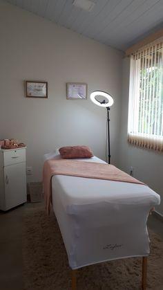 Home Beauty Salon, Beauty Salon Decor, Home Salon, Beauty Salon Interior, Massage Room Decor, Spa Room Decor, Beauty Room Decor, Home Decor, Makeup Studio Decor