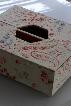 Cartonnage : a serene life