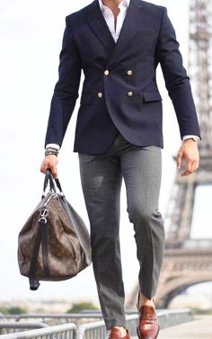 Advice On Buying Fashionable Stylish Clothes – Clothing Looks Gentleman Mode, Gentleman Style, Mens Fashion Suits, Mens Suits, Sport Mode, Best Kids Watches, Suit And Tie, Mode Style, Urban Fashion