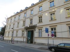 Ein Hotel mit großer Kunstsammlung - Neues Derag Livinghotel de Medici in Düsseldorf - Das Porträt sehen Sie jetzt bei HOTELIER TV: http://www.hoteliertv.net/hotel-portraits/ein-hotel-mit-großer-kunstsammlung-neues-derag-livinghotel-de-medici-in-düsseldorf