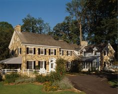 I needn't look any further for my dream house. Peter Zimmerman design, stone farmhouse in Willistown, PA (Malvern, Paoli). Visit his link for more pics. Truly LOVELY!!