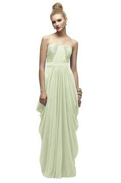 love this bridesmaids dress