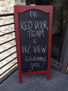 A fun welcoming sign at the front door of your open house - found this board at home good in Lynnwood  #openhouseideas