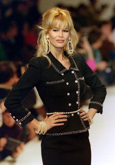 Claudia Schiffer in Chanel