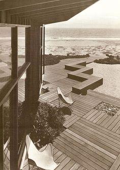 Thomas Church design for Martin beach house  1948 #deck #patio