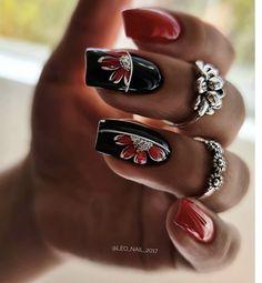 Blue Ombre Nails, Purple Nail Art, Christmas Nail Designs, Christmas Nails, Black And White Nail Art, Bride Nails, Get Nails, Nude Color, Stylish Nails