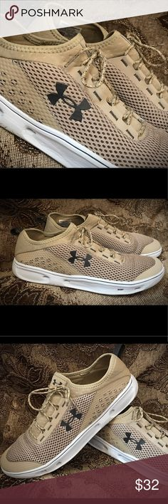 📦📦Under Amour boys Canvas Shoes📦📦 📦 Precious Under Amour canvas running shoes📦📦 Like new, Have only been worn once📦 Have been in the closet ever since📦 Under Armour Shoes Sneakers