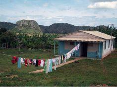 #Decorando nuestra #casa a lo #cubano http://www.cubanos.guru/decorando-nuestra-casa-lo-cubano/