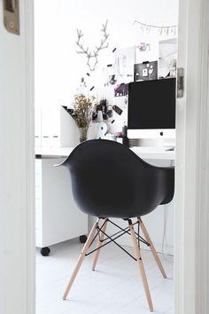 Black Eames style tub chair