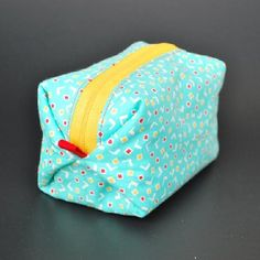 Sew this pouf zippy pouch in no time! So easy and fun! thanks so xox