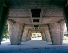 prachtig betonwerk en robuuste verhoudingen; Unité d'habitation in Marseille, le Corbusier