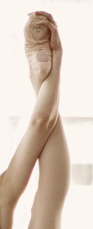 Ballet Stretch - Gina Uhlmann.